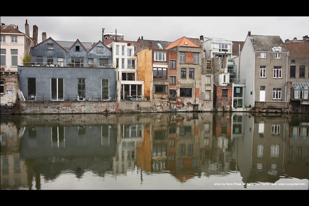 Gent canals are also important city veins. They can offer sights as such in the picture.