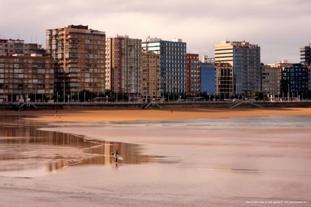 playa_de_San_Lorenzo_7